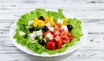 Салат № 1 в августе - Греческий: пошаговый рецепт
