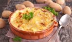 Быстро и вкусно: картофельная запеканка с грибами (видео)