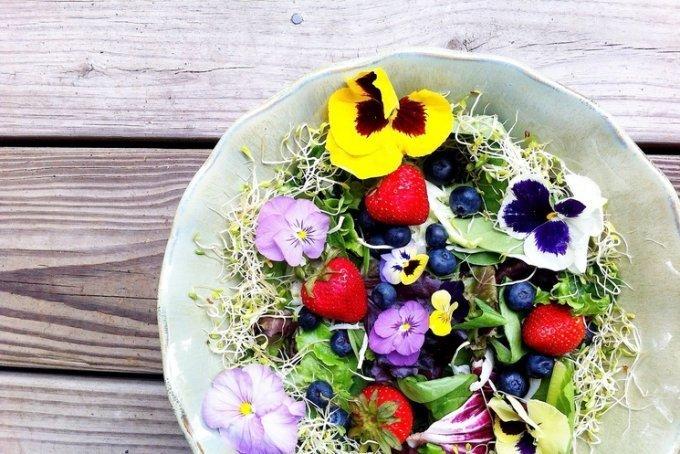 Самые красивые рецепты из цветов: чудо на столе