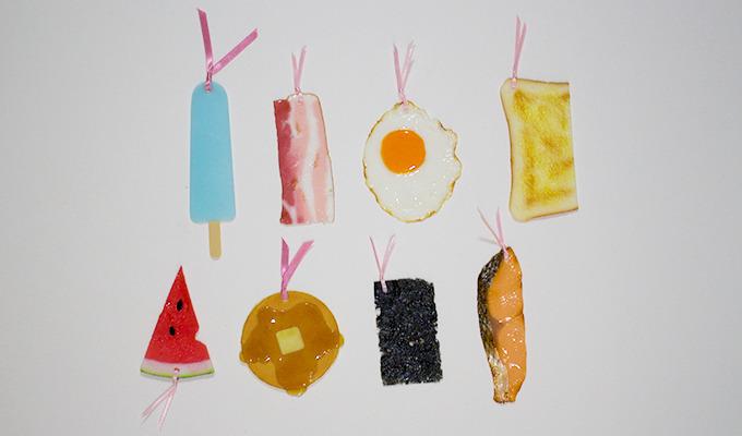 Слюнки текут: в Японии появились книжные закладки в виде еды