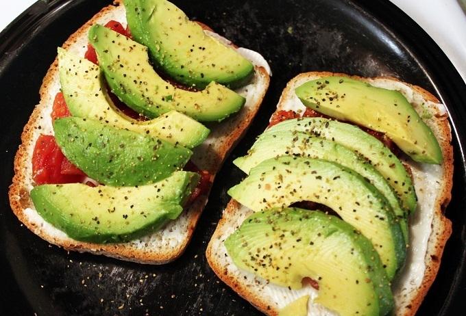 С чем есть тосты: три вкусные идеи