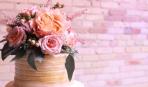 Всегда в тренде: украшаем выпечку живыми цветами