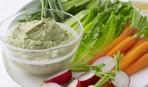 Быстрая закуска: фета с зеленью и чесноком