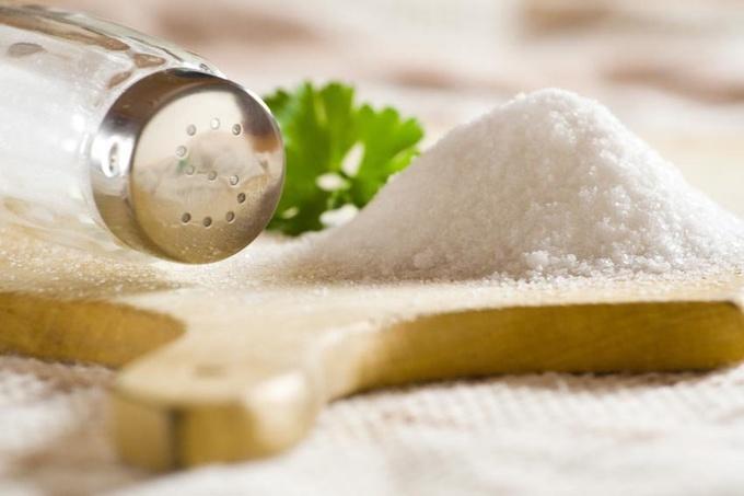Секреты здоровья: какая соль полезнее