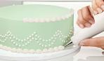 Как украсить торт масляным кремом (видео)