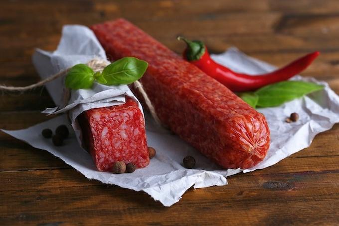 Кулинарные секреты: как правильно хранить колбасу