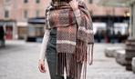 Осенняя мода: как правильно носить большие шарфы