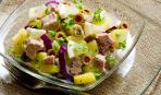 Блюдо дня: готовим салат с рыбой