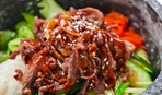 Сытный ужин: говядина с кунжутом