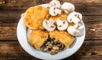 Картофельные котлеты с сырно-грибной начинкой
