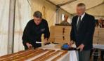 Бельгийцы испекли самый большой эклер в мире