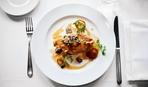 Простое блюдо из курицы: мясо под нежнейшим соусом