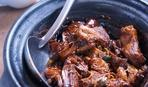 Вкусное и пряное мясо в яблочном соке