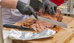 Пастрома из куриной грудки: простой рецепт деликатеса