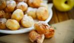 Простой десерт: пончики с грушей