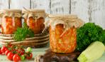 Закрываем кабачки на зиму: салат «Обжора» (простейший рецепт)