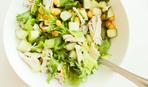 Салат из сельдерея и кукурузы