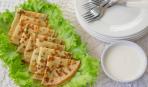 Как приготовить сырные блины с луковым припеком