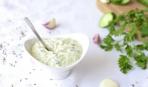 Йогуртовый соус с чесноком: пошаговый рецепт
