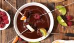 Новогодние рецепты: шоколадное фондю