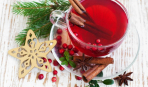 Пунш из ягод с корицей