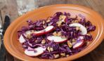 Постный салат из капусты с яблоками