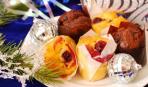 Новогодние кексы с вишней и ванилью