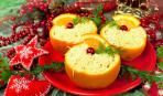 """Новогодние рецепты: салат """"Сырный"""" в апельсиновых пиалах"""