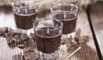 """Шоколадный ликер """"Родственник"""": простой рецепт на водке"""