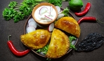 Эмпанадас с сальсой из манго от Эктора Хименес-Браво