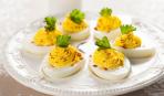 Закуска на любой случай: фаршированные яйца с горчицей и паприкой