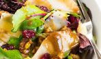 Салат с грушей и беби-шпинатом