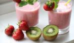 Кокосовый коктейль с ягодами