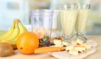 Cмузи из банана, киви и апельсинов
