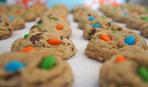 Печенье с арахисовым маслом и M&M's
