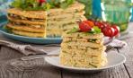 Кабачковый торт с чесноком и зеленью