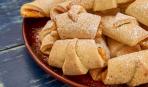 Десерт дня: творожные рогалики с мармеладом