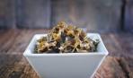 Полезные рецепты: салат из морской капусты с черносливом