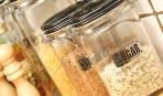 Откуда берется пищевая моль на кухне и как бороться с ней