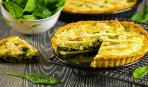 Закусочный пирог с творогом и щавелем: едят даже привереды