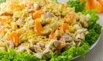 Куриный салат с брокколи, кукурузой и мандаринами