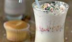 Молочный коктейль со вкусом капкейка