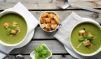 Суп из брокколи и жареной семги