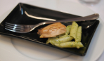 Паста из жаренной норвежской семги с соусом песто