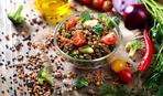 Салат с чечевицей и каперсами
