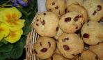 Печенье с вишней и кокосом
