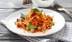 Салат из нута с морковью и зеленью