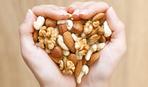 Как правильно хранить орехи и сухофрукты