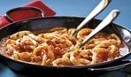 Идея для ужина: кальмары в томатном соусе