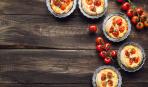 Пирожки «Сырные бомбочки» с помидорами и брынзой